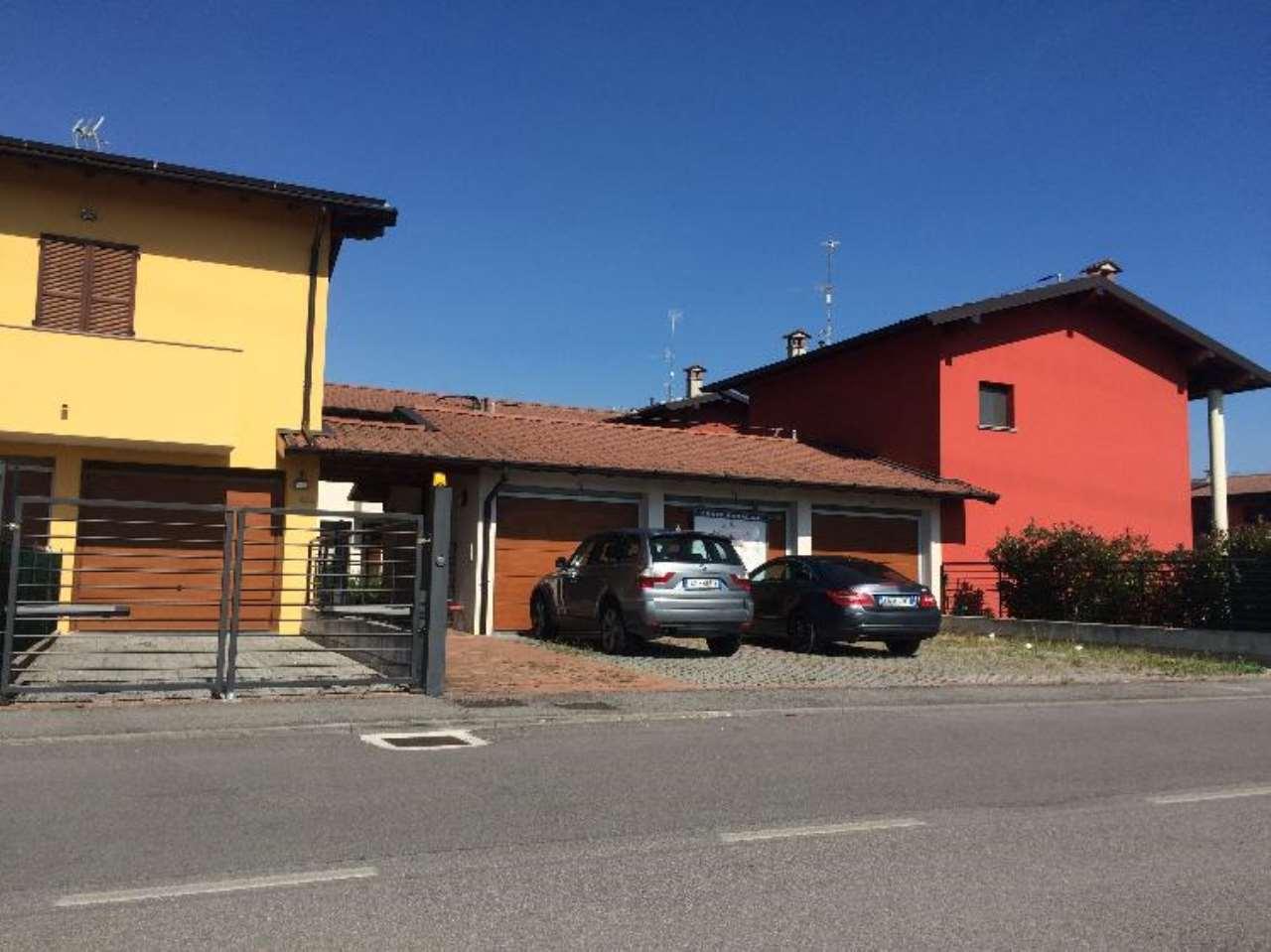 Appartamento in vendita a Pozzaglio ed Uniti, 3 locali, prezzo € 142.000 | Cambio Casa.it