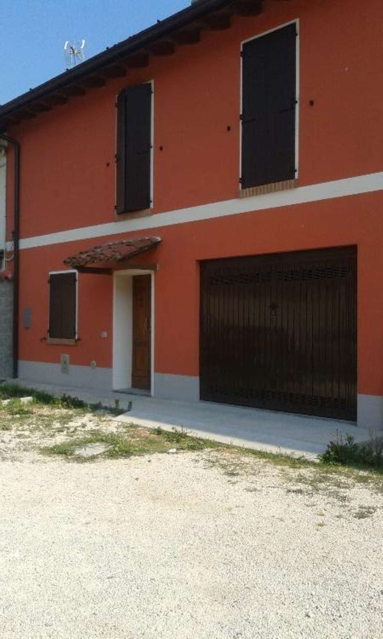 Rustico / Casale in affitto a Gadesco-Pieve Delmona, 3 locali, prezzo € 400 | Cambio Casa.it