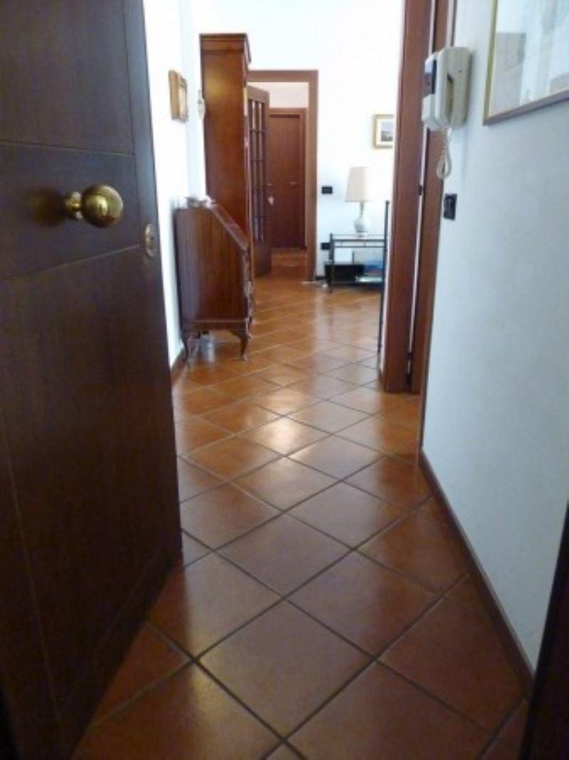 Appartamento in vendita a Villorba, 4 locali, prezzo € 129.000 | Cambio Casa.it