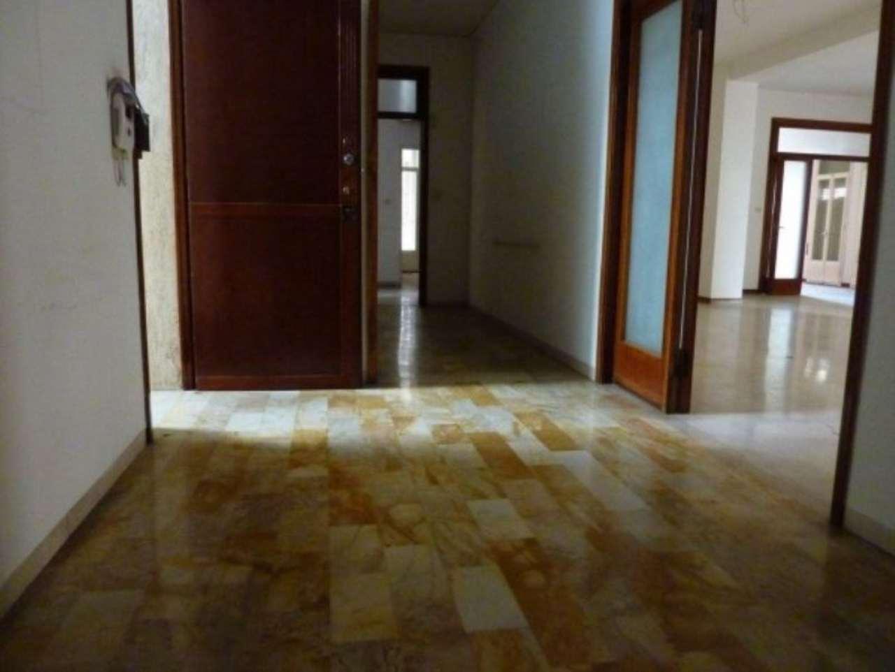 Appartamento in vendita a Treviso, 6 locali, prezzo € 920.000 | Cambio Casa.it