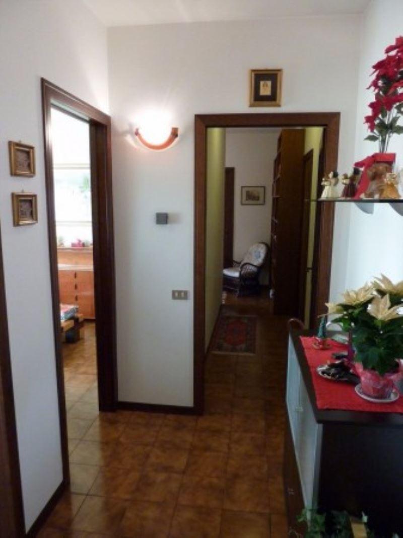 Appartamento in vendita a Villorba, 4 locali, prezzo € 65.000 | Cambio Casa.it