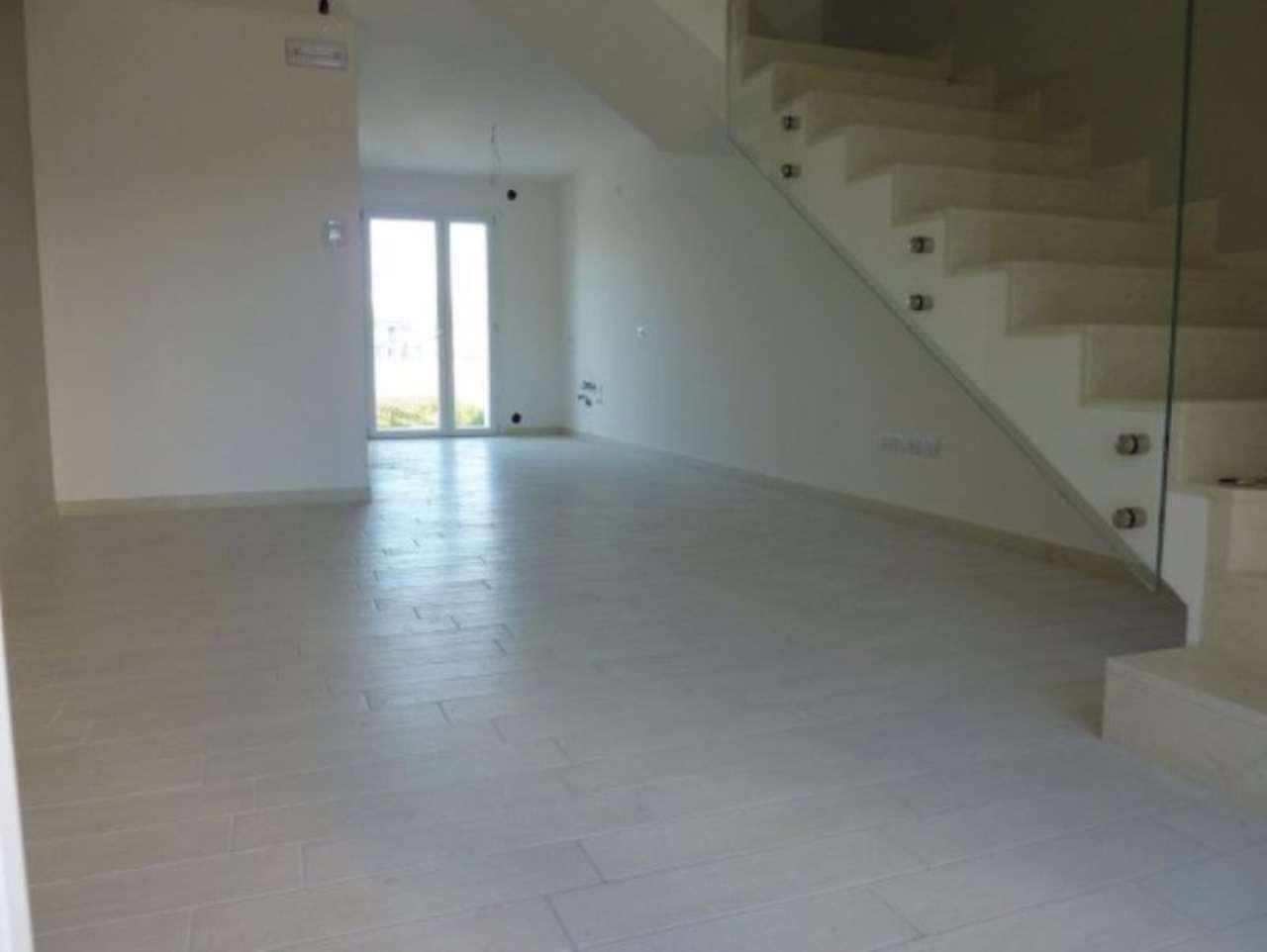 Soluzione Indipendente in vendita a Jesolo, 3 locali, prezzo € 269.000 | Cambio Casa.it