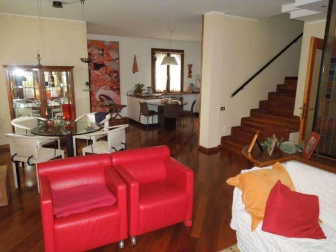 Soluzione Indipendente in vendita a Villorba, 6 locali, Trattative riservate | Cambio Casa.it
