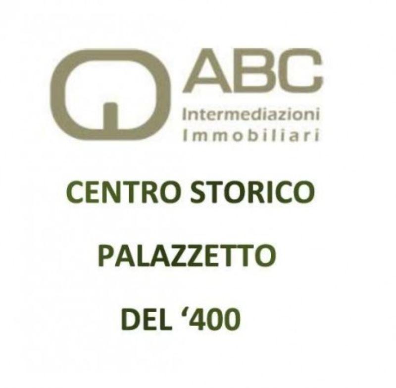 Palazzo / Stabile in Vendita a Treviso