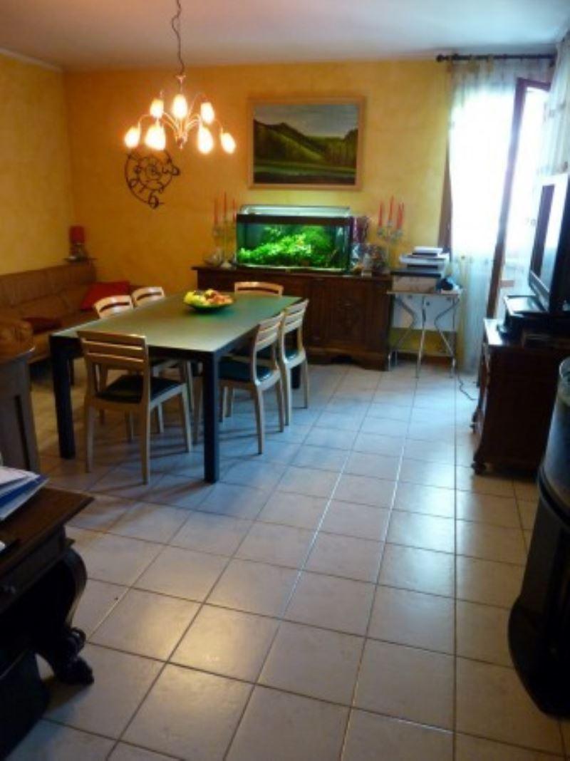Appartamento in vendita a Carbonera, 4 locali, prezzo € 135.000 | Cambio Casa.it