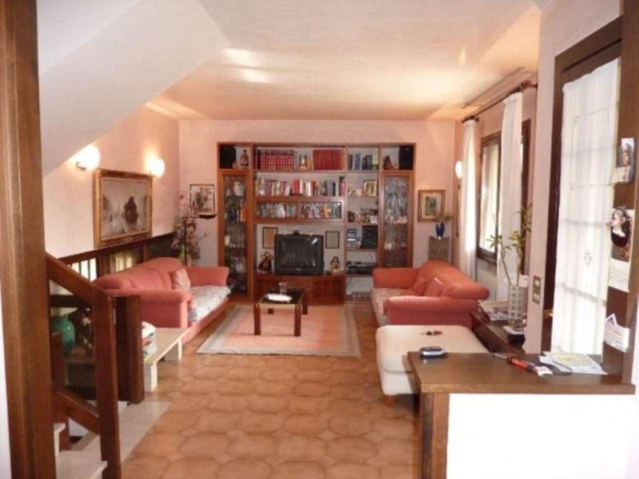 Soluzione Indipendente in vendita a Villorba, 6 locali, prezzo € 265.000 | Cambio Casa.it
