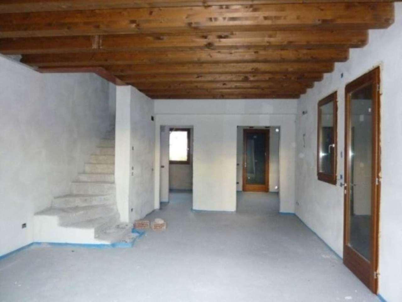 Soluzione Indipendente in vendita a Maserada sul Piave, 6 locali, prezzo € 260.000 | Cambio Casa.it
