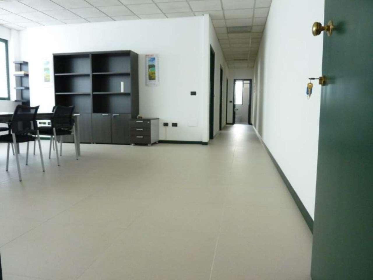 Ufficio / Studio in affitto a Villorba, 4 locali, prezzo € 600 | Cambio Casa.it
