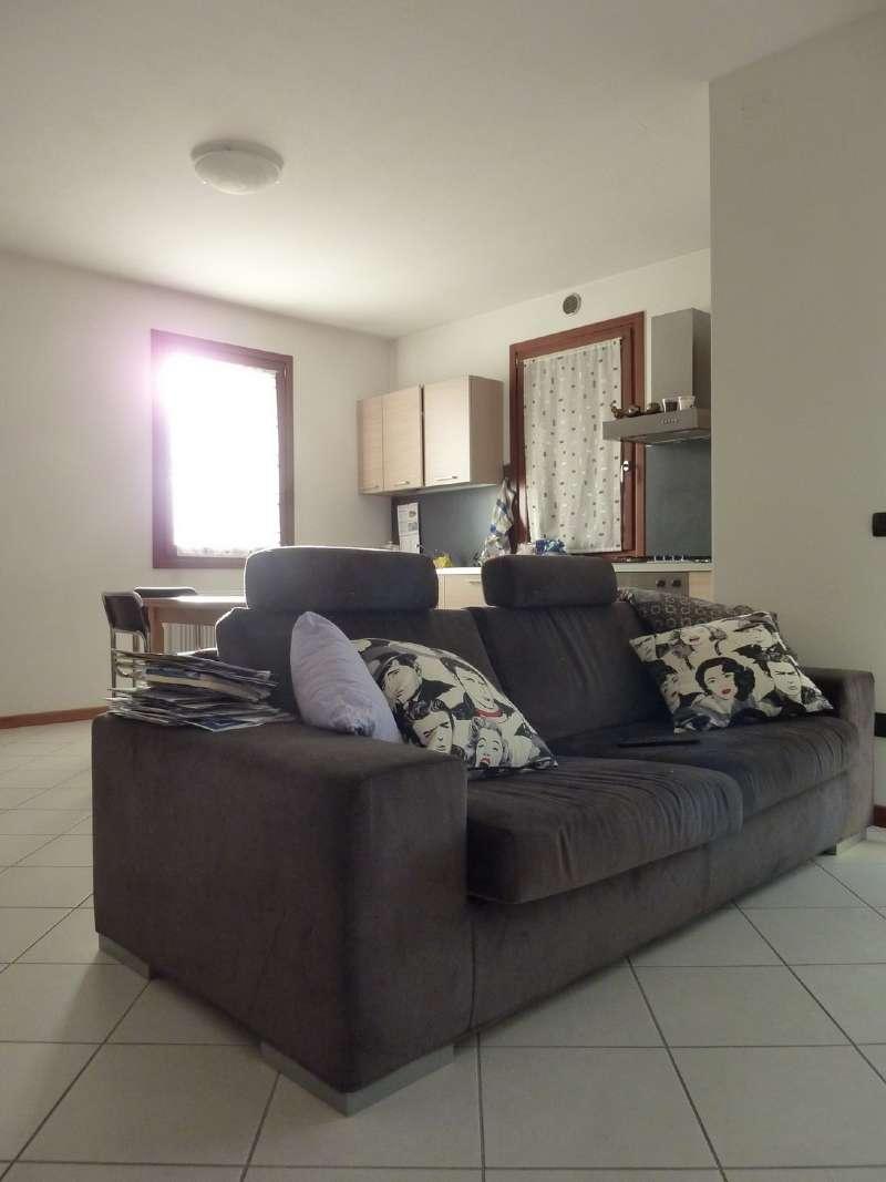 Appartamento in affitto a Arcade, 3 locali, prezzo € 500 | Cambio Casa.it
