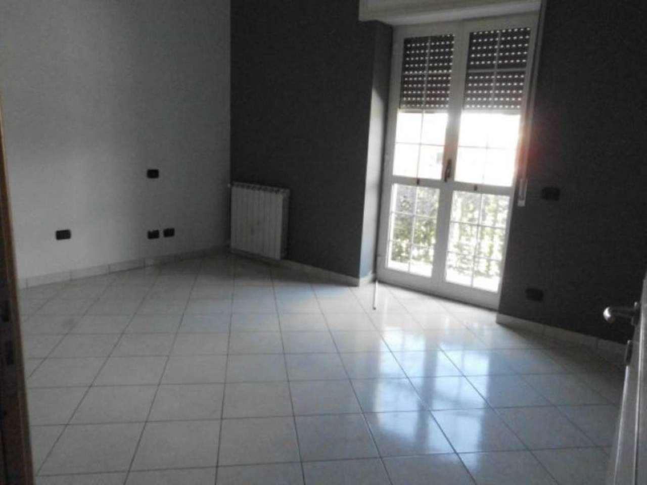 Appartamento in affitto a Marigliano, 4 locali, prezzo € 500 | Cambio Casa.it