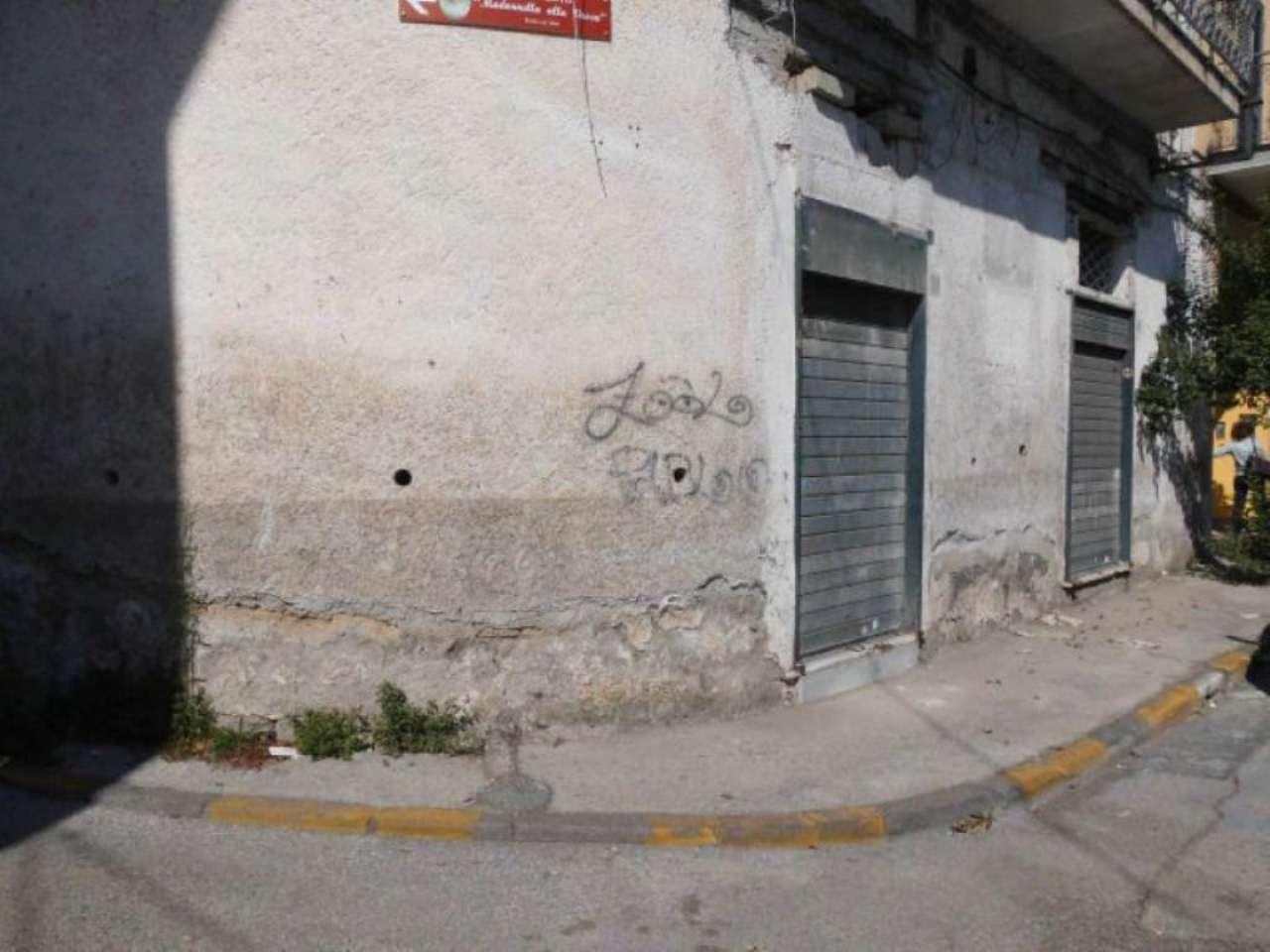 Negozio / Locale in vendita a Marigliano, 2 locali, prezzo € 80.000 | Cambio Casa.it