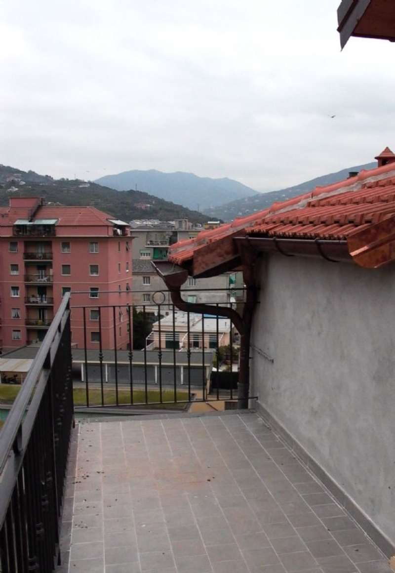 Attico / Mansarda in vendita a Chiavari, 4 locali, prezzo € 320.000 | CambioCasa.it