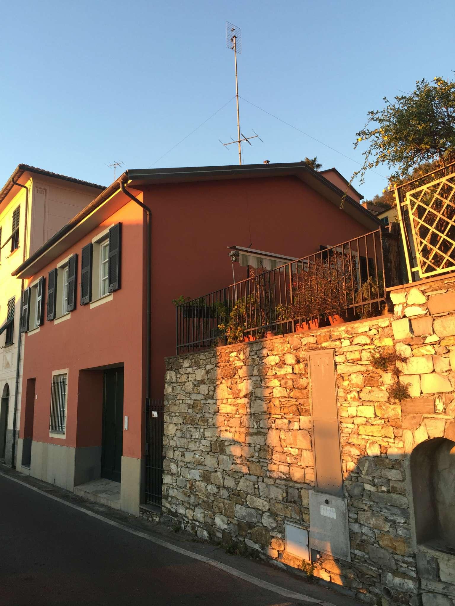 Palazzo / Stabile in vendita a Chiavari, 6 locali, prezzo € 540.000 | CambioCasa.it