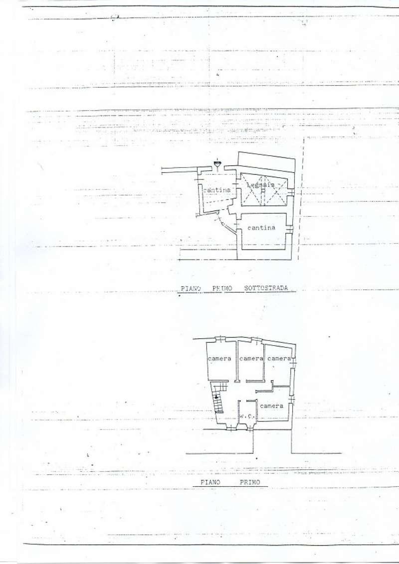 Palazzo / Stabile in Vendita a Carro