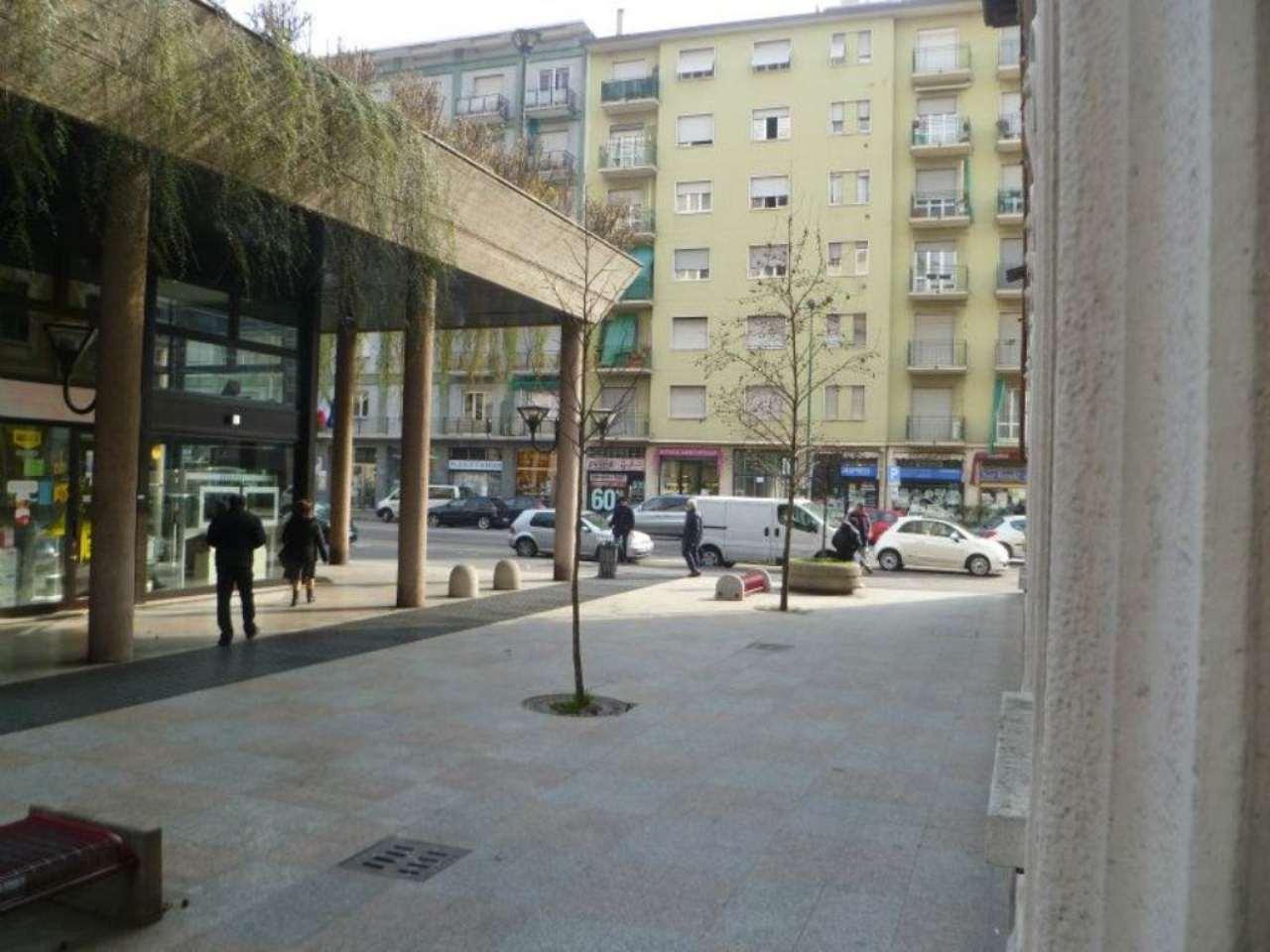 Negozio / Locale in affitto a Sesto San Giovanni, 2 locali, prezzo € 1.300 | Cambio Casa.it