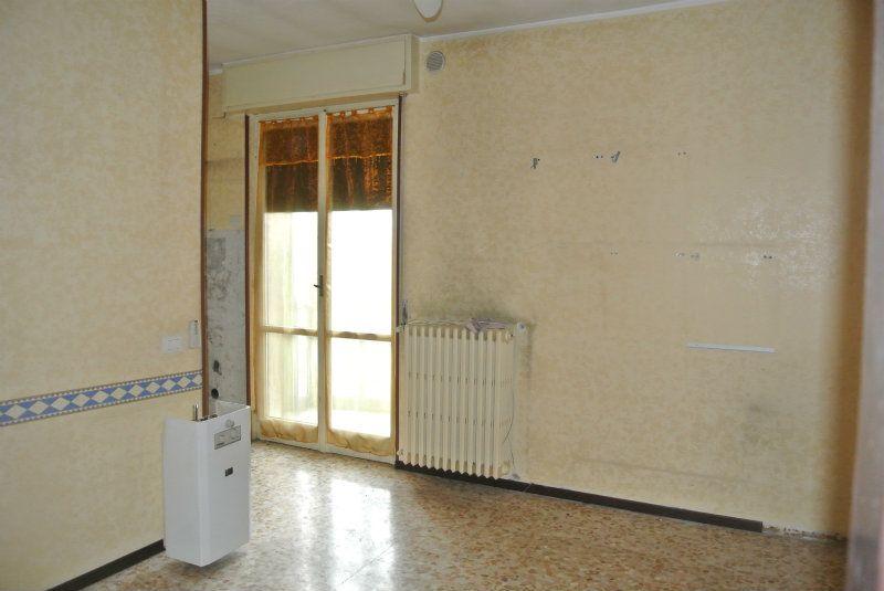 Bilocale Cinisello Balsamo Via Robecco 10