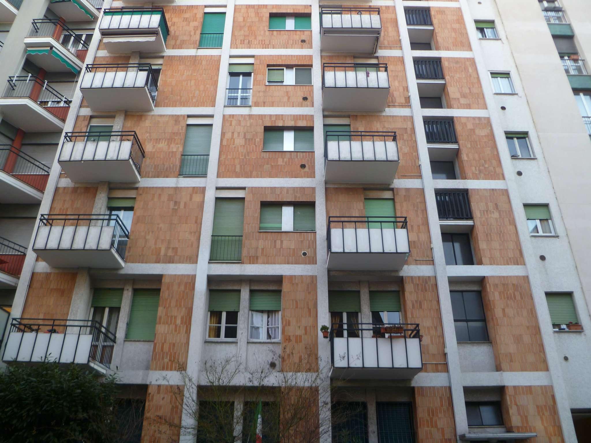 Bilocale Sesto San Giovanni Via Battisti 2