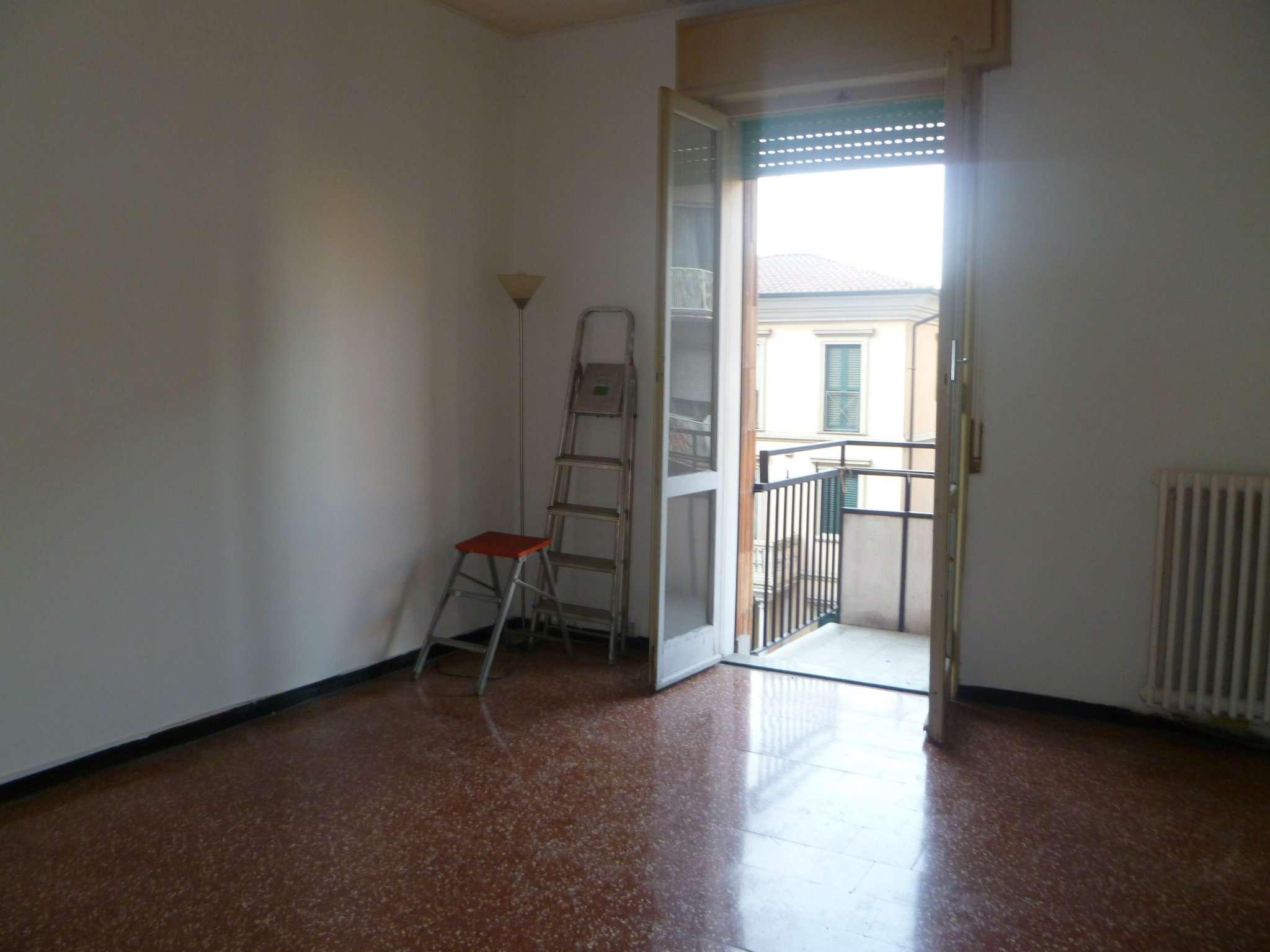 Bilocale Sesto San Giovanni Via Battisti 4