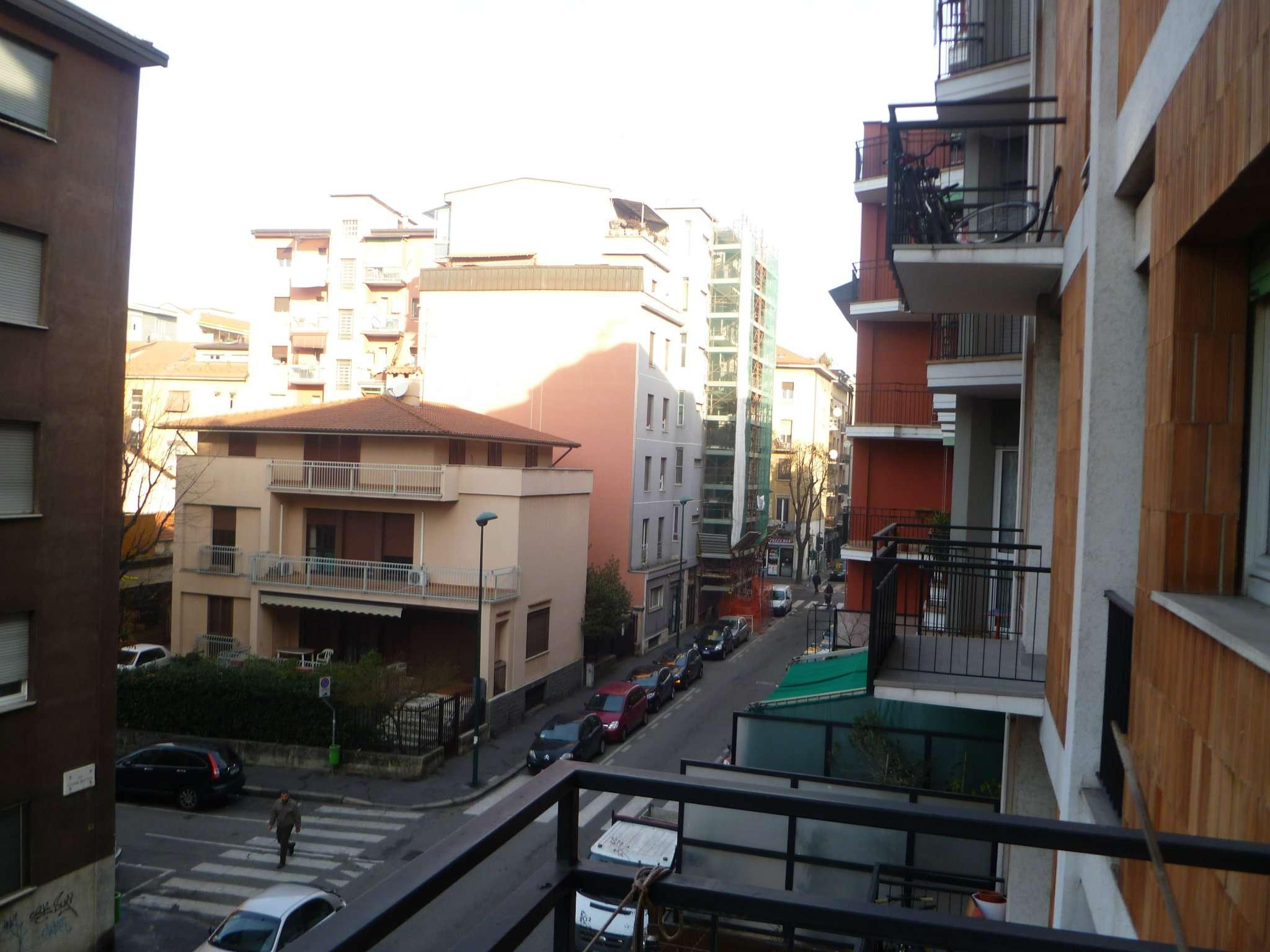 Bilocale Sesto San Giovanni Via Battisti 11