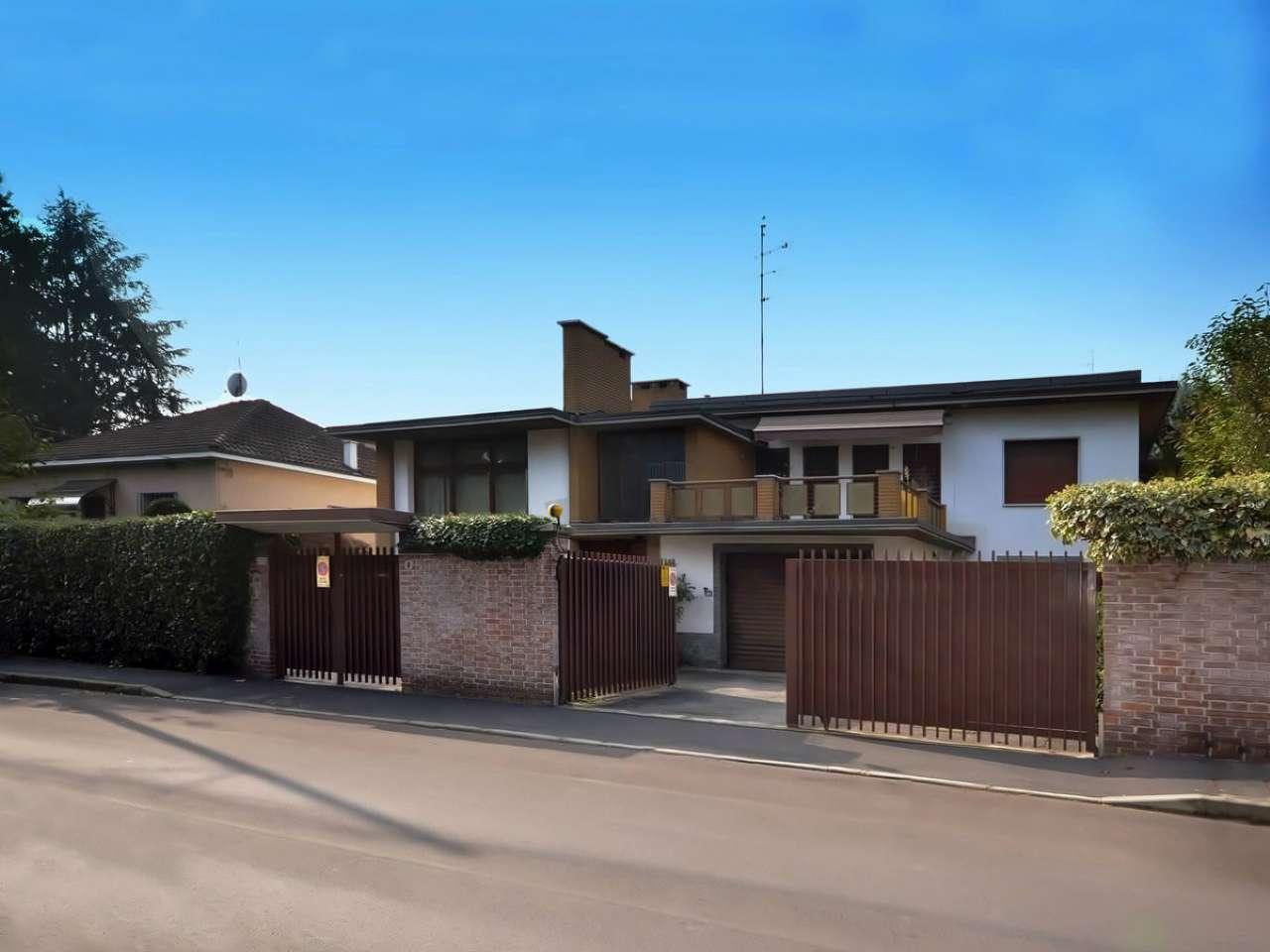 Villa in vendita a Cinisello Balsamo, 6 locali, prezzo € 700.000 | Cambio Casa.it