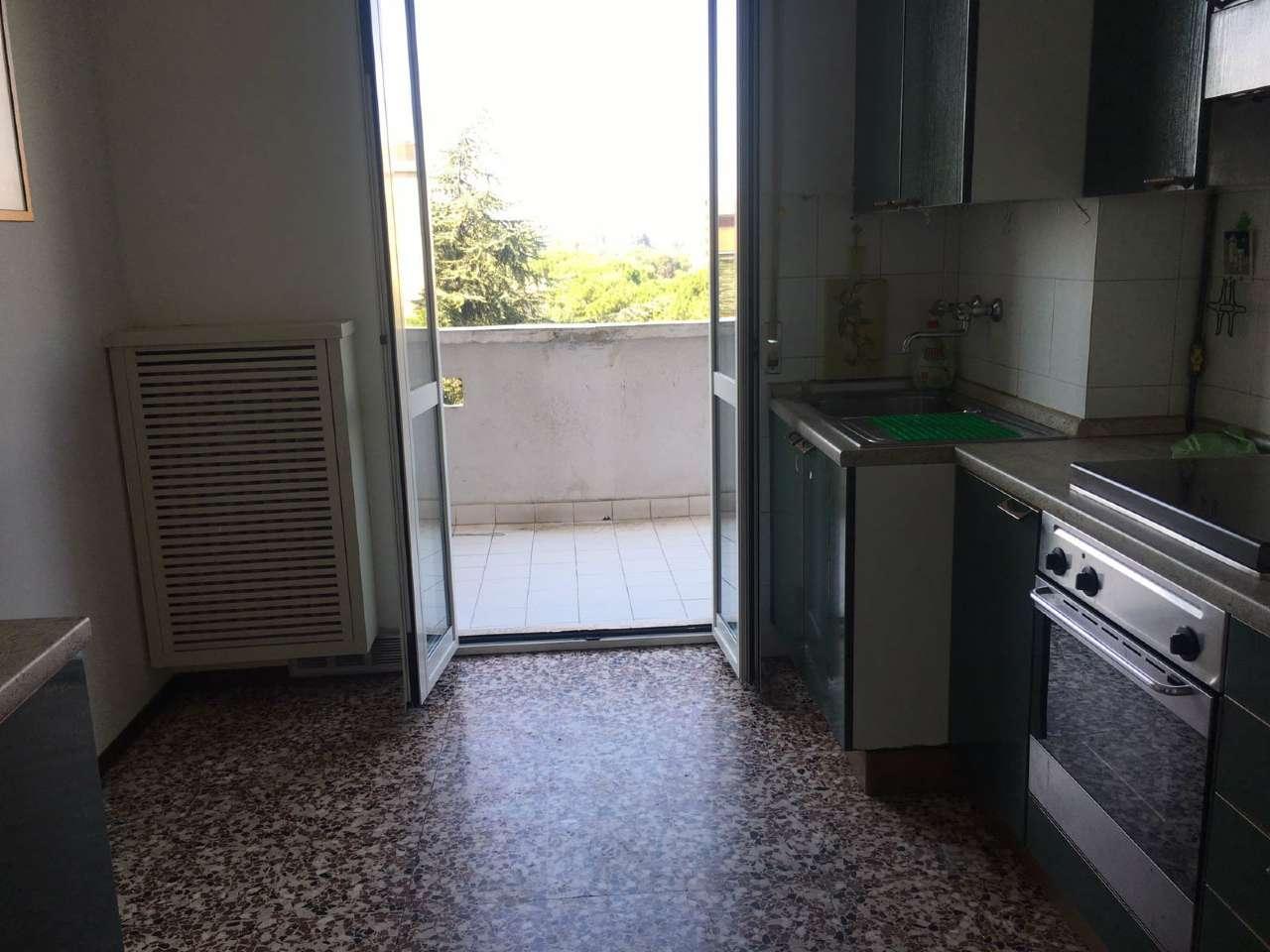 Bilocale Cinisello Balsamo Via Sempione 3