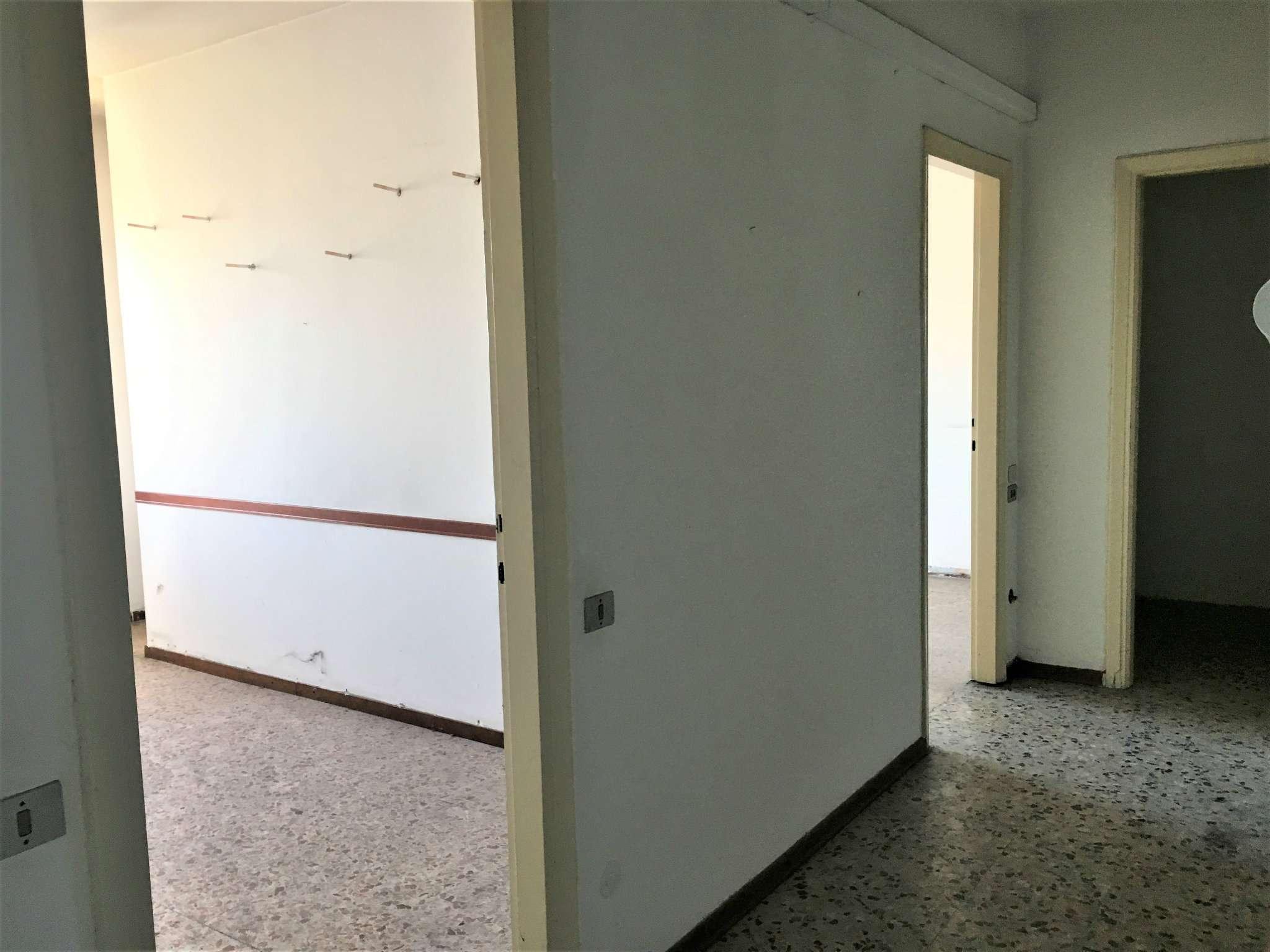 Bilocale Cinisello Balsamo Via Robecco 1