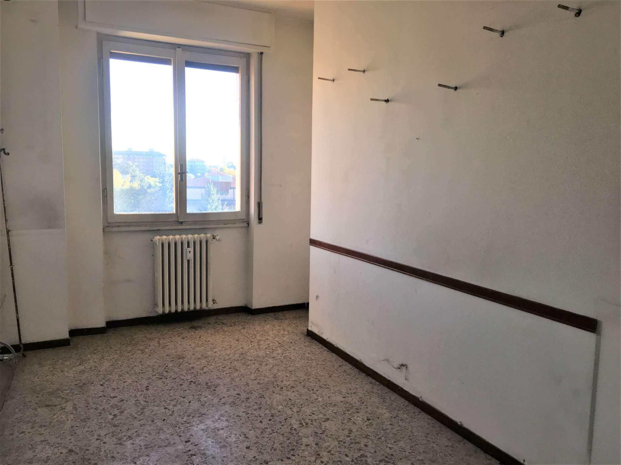 Bilocale Cinisello Balsamo Via Robecco 2