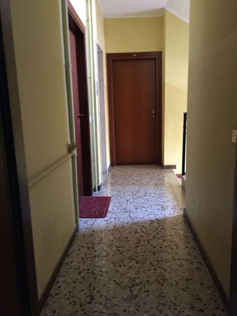 Bilocale Cinisello Balsamo Via Gran Sasso 4