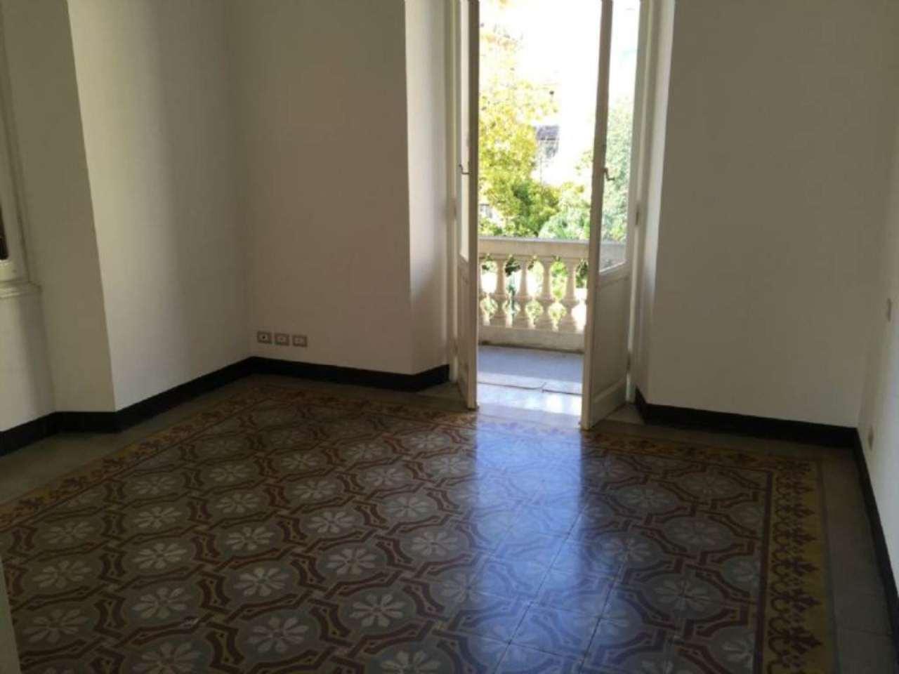 Appartamento in affitto a Chiavari, 5 locali, prezzo € 800 | Cambio Casa.it