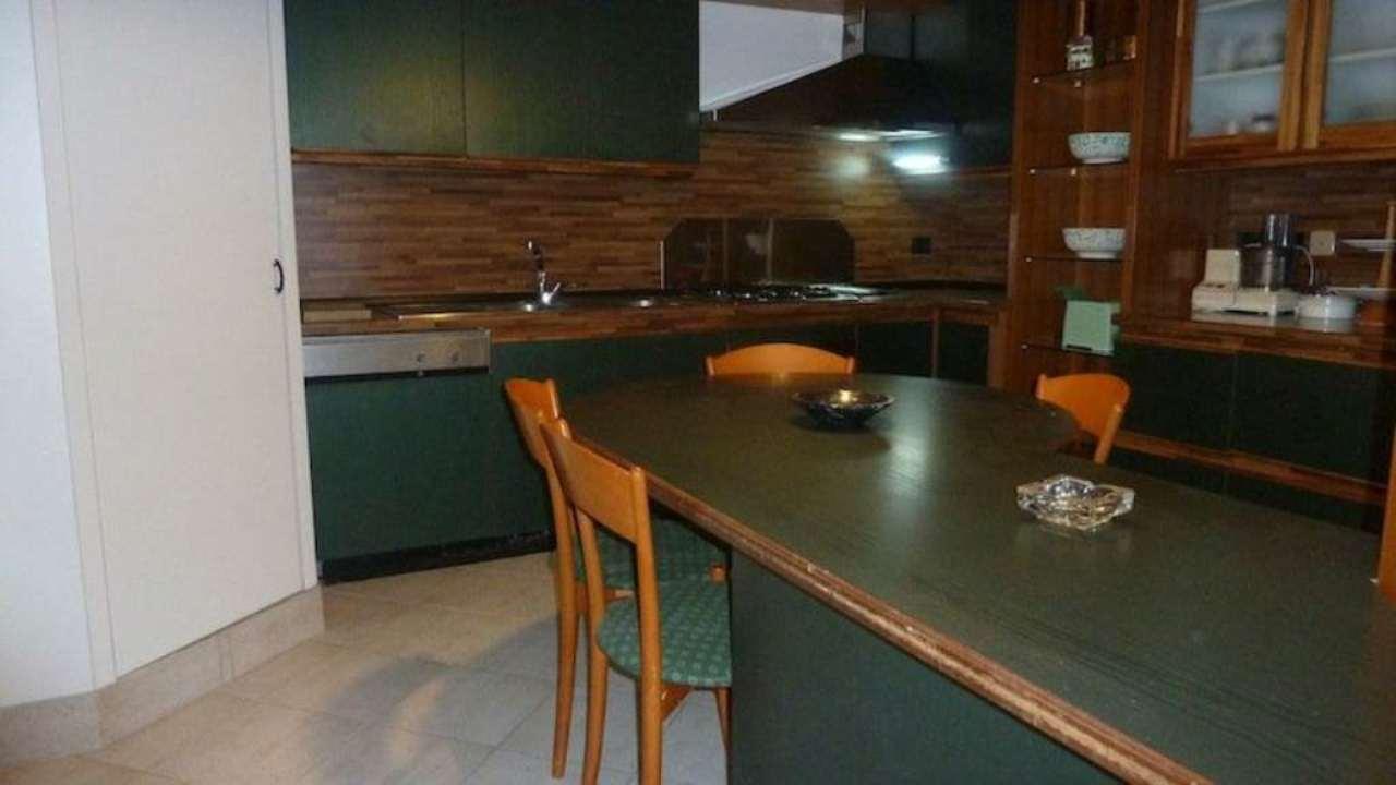 Appartamento in affitto a Chiavari, 4 locali, prezzo € 700 | Cambio Casa.it