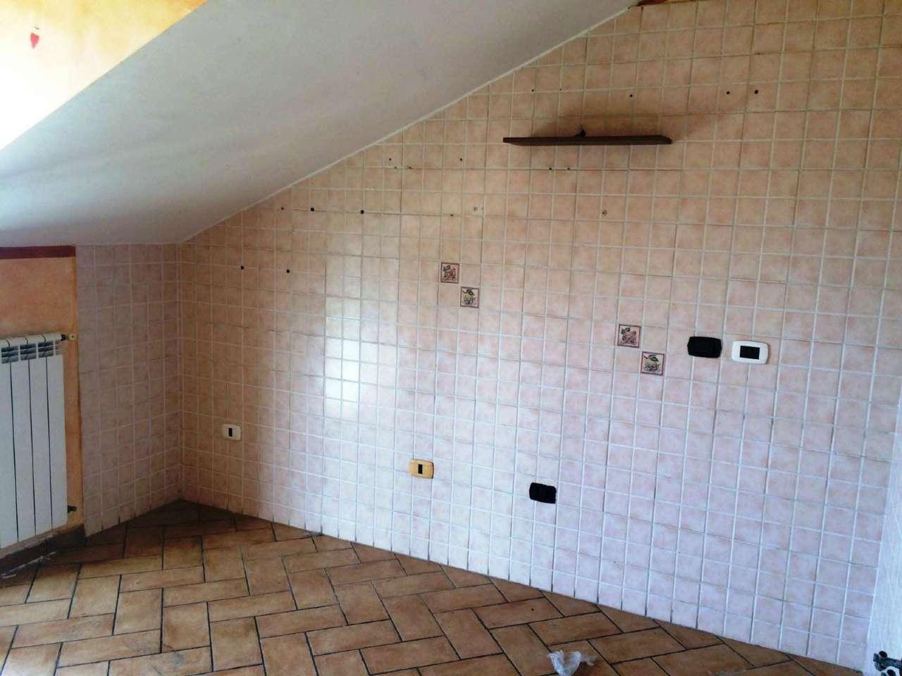 Appartamento in vendita a Villaricca, 3 locali, prezzo € 100.000 | CambioCasa.it