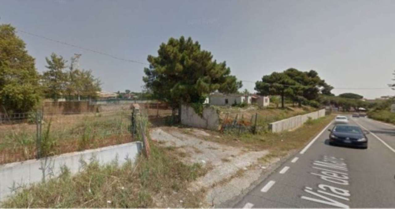 Negozio / Locale in Affitto a Pomezia