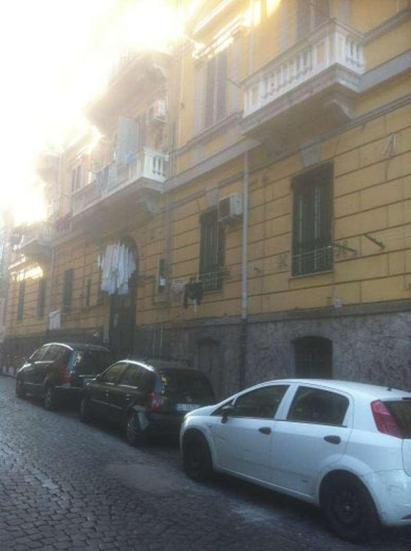Appartamento in vendita a Napoli, 1 locali, zona Zona: 3 . San Carlo all'Arena, Stella, Capodimonte, Colli Arinei, prezzo € 35.000 | Cambio Casa.it