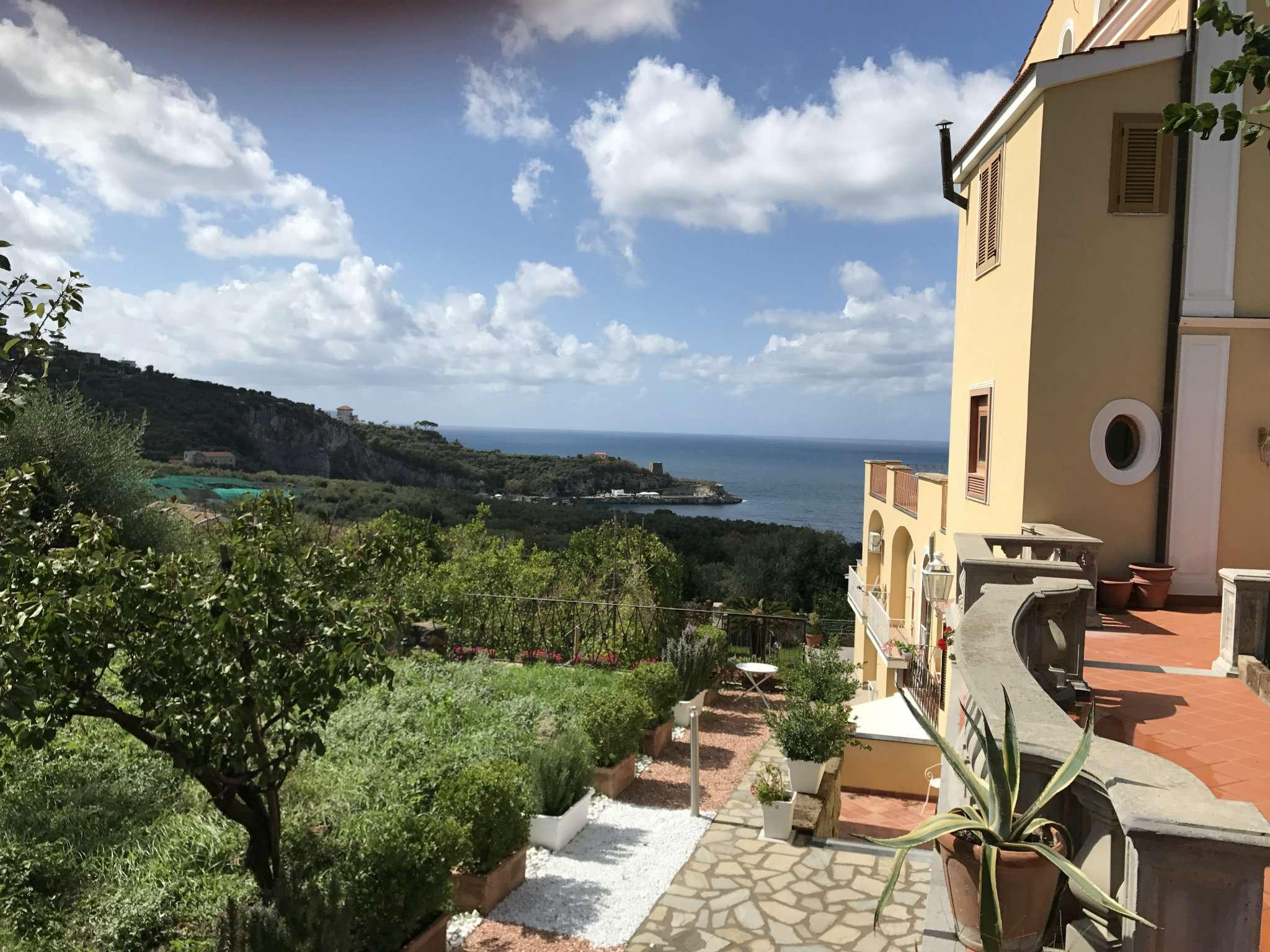 Villa in Vendita a Sorrento