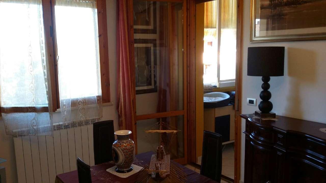 Appartamento in vendita a Orbetello, 5 locali, prezzo € 240.000   Cambio Casa.it