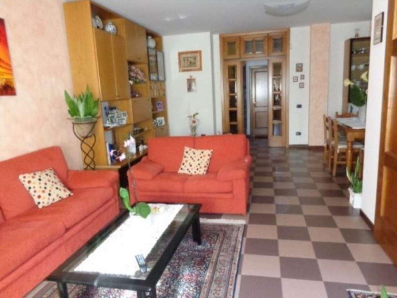 Soluzione Indipendente in vendita a Vinci, 7 locali, prezzo € 450.000   Cambio Casa.it