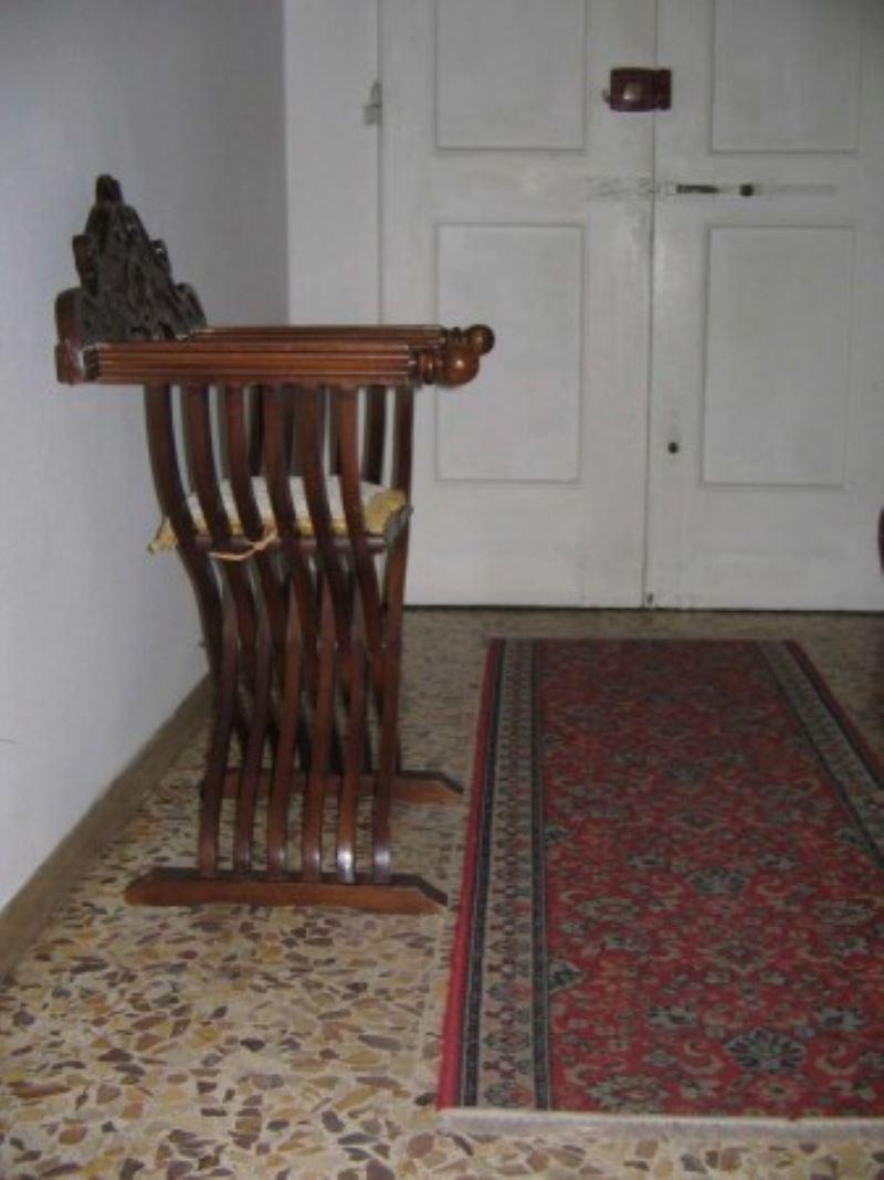 Palazzo / Stabile in vendita a Empoli, 5 locali, prezzo € 195.000   Cambio Casa.it