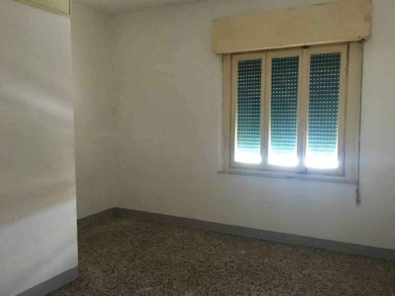 Palazzo / Stabile in vendita a Empoli, 5 locali, prezzo € 180.000 | Cambio Casa.it