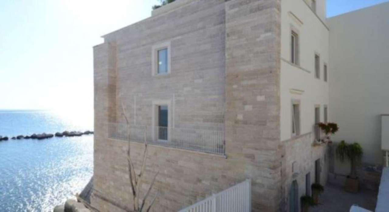 Immobile Commerciale in vendita a Molfetta, 6 locali, prezzo € 2.000.000 | Cambio Casa.it
