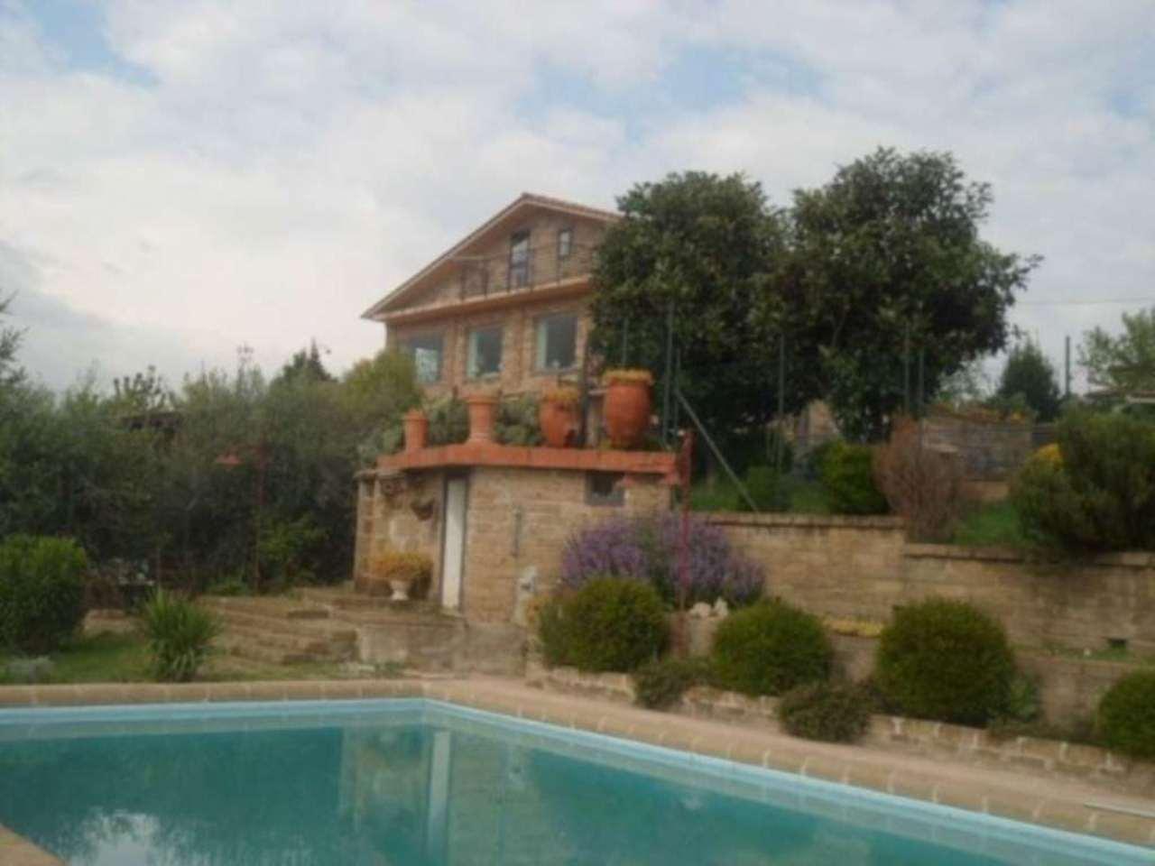 Villa in affitto a Fiano Romano, 6 locali, prezzo € 4.000 | Cambio Casa.it