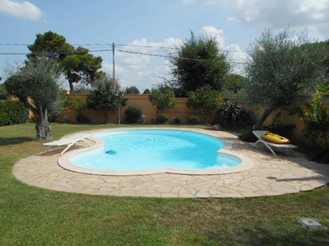 Villa in affitto a Roma, 7 locali, zona Zona: 31 . Giustiniana, Tomba di Nerone, Cassia, prezzo € 3.900 | CambioCasa.it