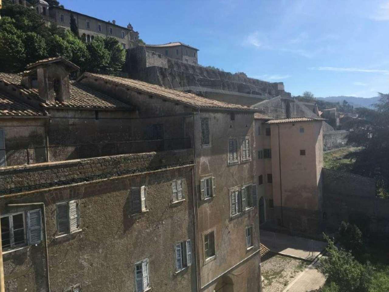 Palazzo / Stabile in vendita a Palestrina, 40 locali, Trattative riservate | Cambio Casa.it