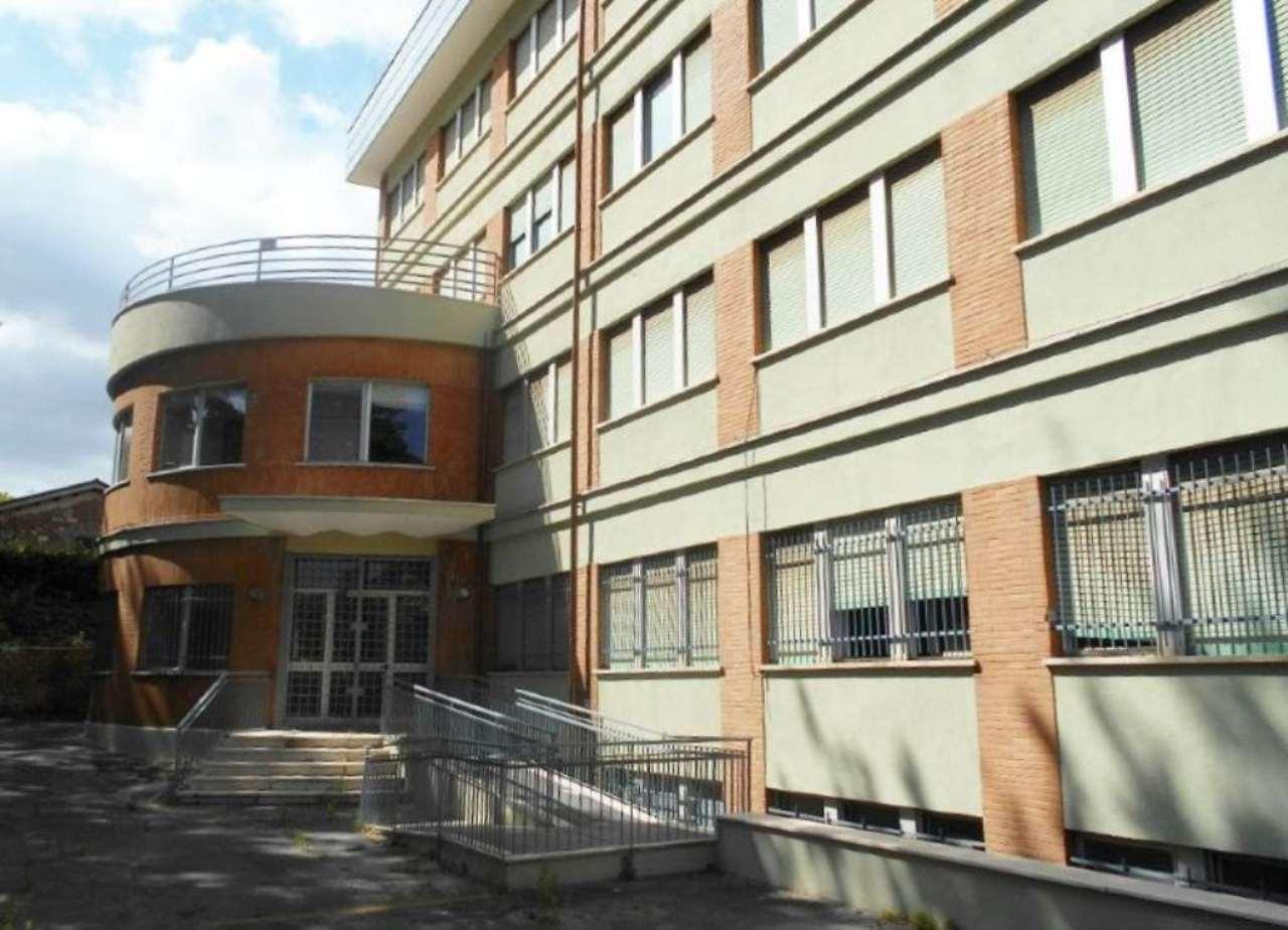 Immobile Commerciale in vendita a Palestrina, 79 locali, Trattative riservate | Cambio Casa.it