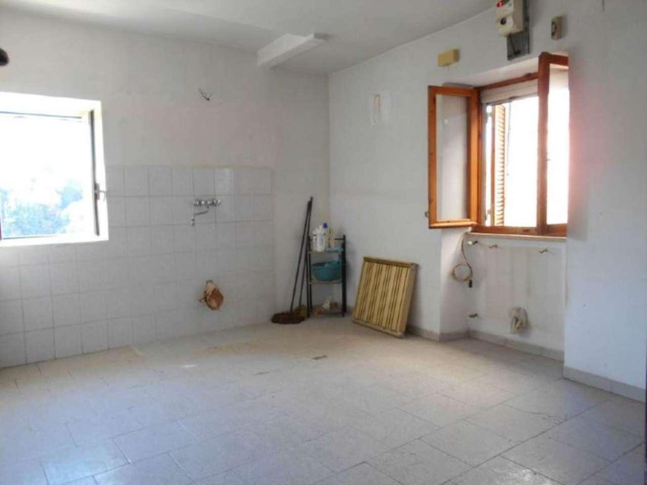 Appartamento in vendita a Zagarolo, 3 locali, prezzo € 95.000 | Cambio Casa.it