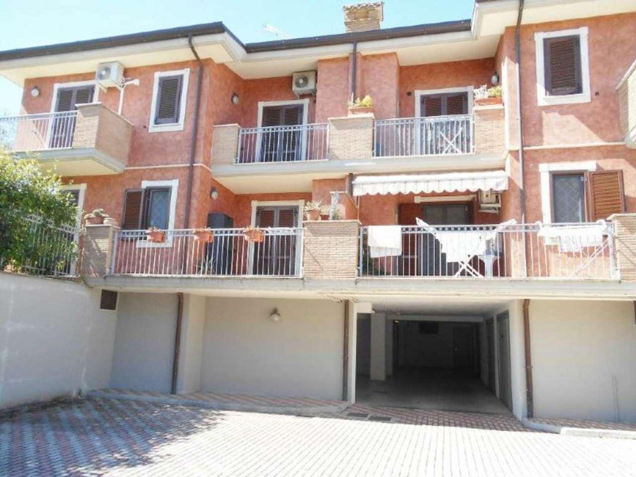 Appartamento in vendita a San Cesareo, 3 locali, prezzo € 169.000 | Cambio Casa.it