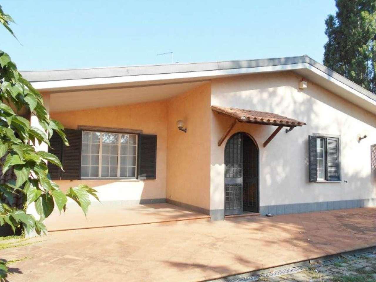 Villa in vendita a San Cesareo, 8 locali, prezzo € 390.000 | Cambio Casa.it