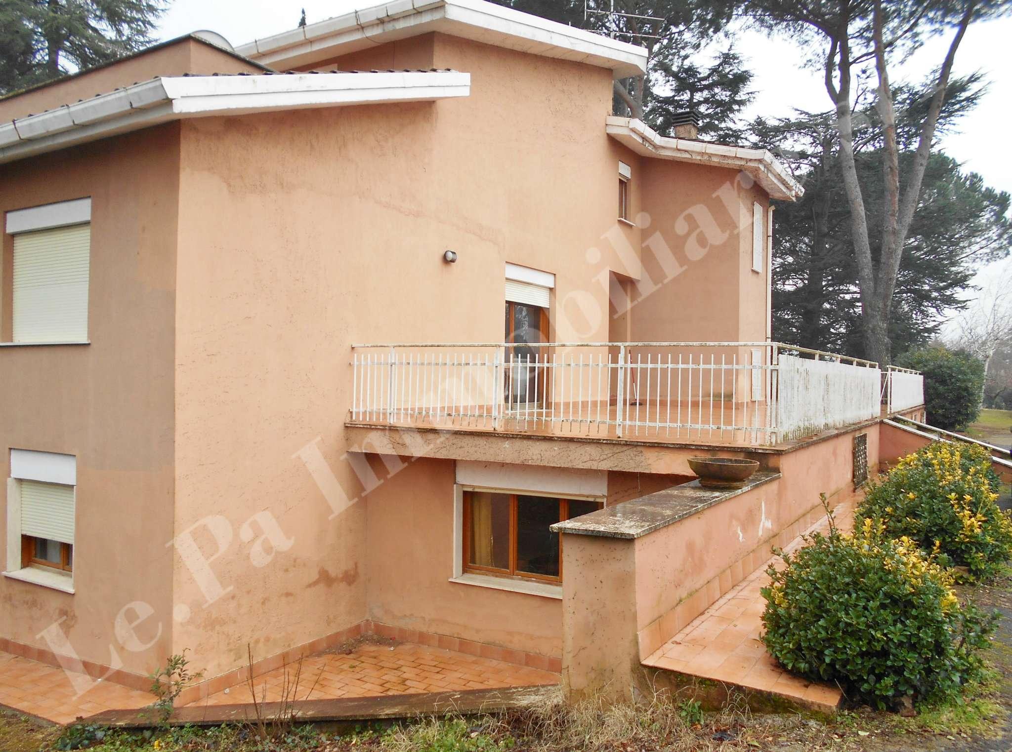 Villa in vendita a San Cesareo, 9 locali, prezzo € 299.000 | Cambio Casa.it