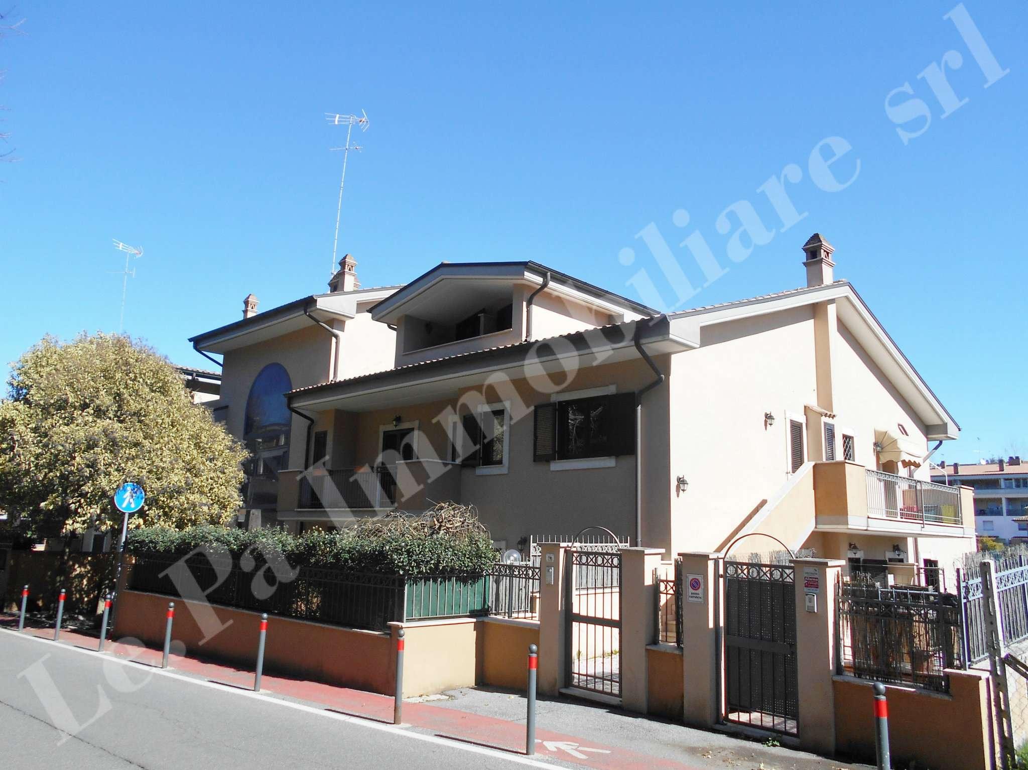 Appartamento in vendita a Zagarolo, 4 locali, prezzo € 180.000 | Cambio Casa.it