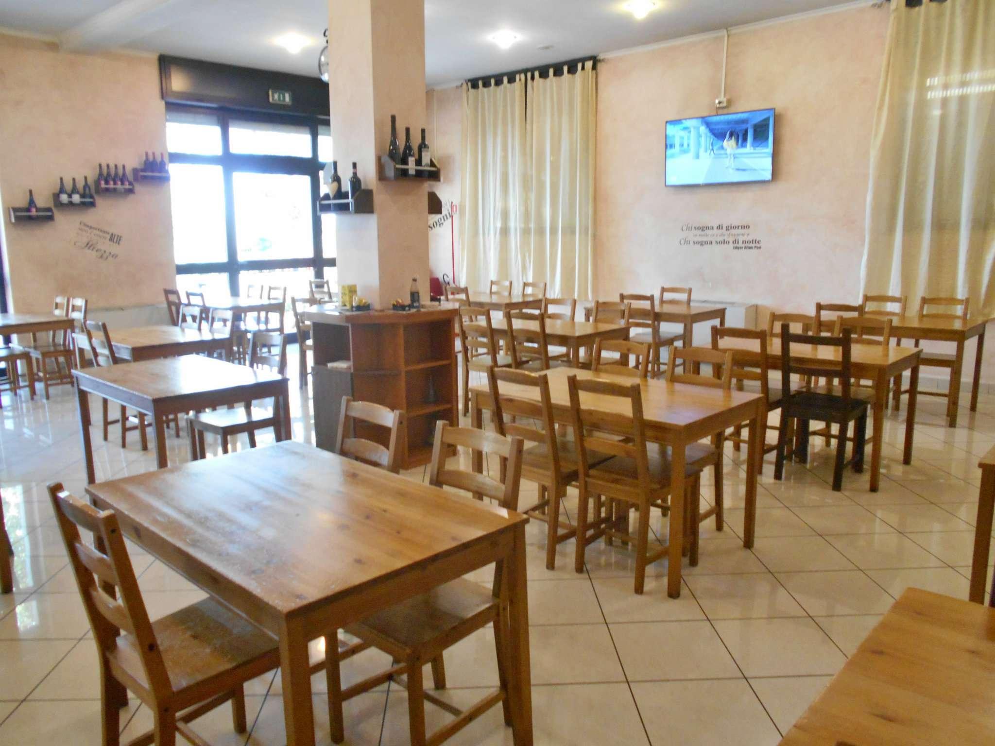 Ristorante / Pizzeria / Trattoria in affitto a San Cesareo, 5 locali, prezzo € 2.900 | CambioCasa.it