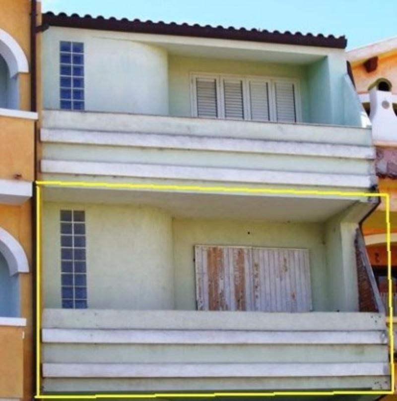 Appartamento in vendita a Valledoria, 2 locali, prezzo € 55.000 | CambioCasa.it